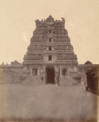General view from outside of the west gopura of the Ramalingeshvara Temple, Rameswaram 10032337